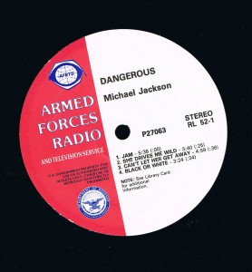 DANGEROUS : ALBUM PROMO SAMPLER ARMED FORCES RADIO AND TELEVISION SERVICE dans 33T ou 12' dangerousarmed-278x300